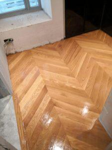 Chevron Oak Wood Flooring @ 8 @ Mount Sophia